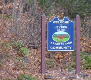 leyden-town-sign